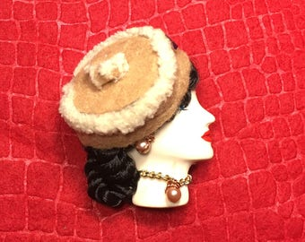 Marijo, Lady Face Pin