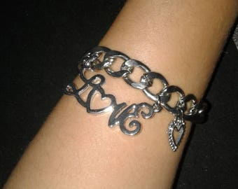 Love charm chain bracelet