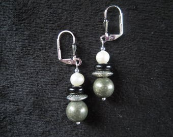 Stud Earrings with pyrite beads