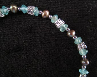 """butterflies"" bracelet with apatite and cultured Baroque pearls"