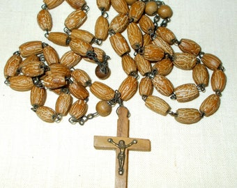Vintage Rosary,  Olive Wood Seed, Nut Rosary. Complete and lovely  (0108)