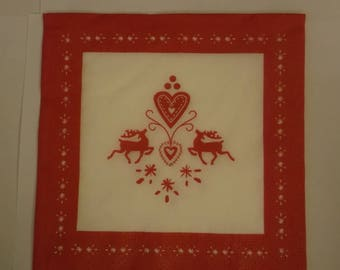 Christmas towel in red and white