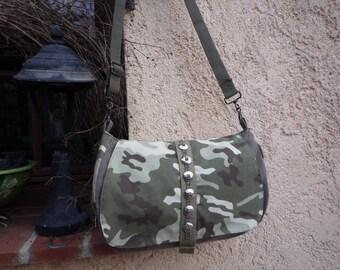 Camouflage flap shoulder Messenger bag