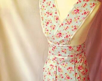 Vintage inspired floral Apron - Ribbon detail