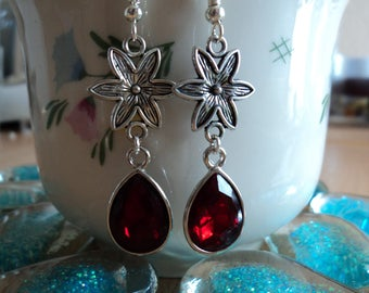 Red glass drop earrings - silver - 5.5cm