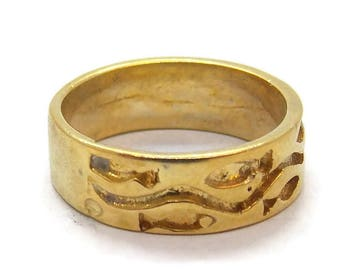 14k Solid Yellow Gold Pisces Zodiac Band!!