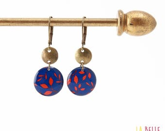 Small earrings ' sleepers earrings resin blue and red floral pattern