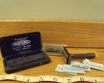 Wardonia Safety Razor with The Mersey Razor blades, Bakelite