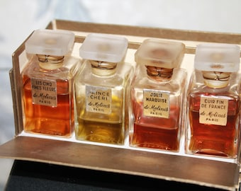A set of old perfumes from 4 bottles. All with a seal