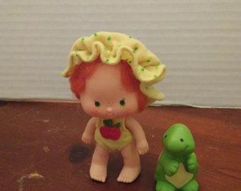 vintage 1980's strawberry shortcake apple dumplin dumpling doll with teatime pet