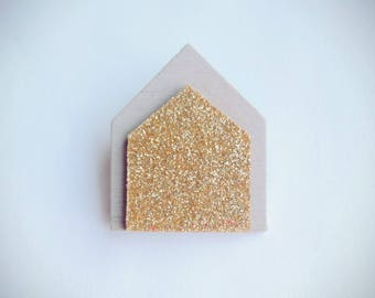 """Brooch """"houses grey & gold"""""""