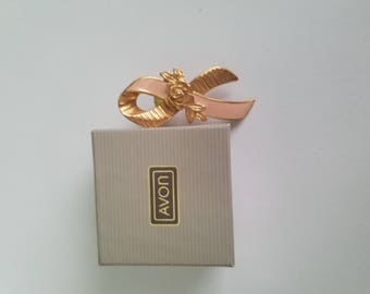 Vintage pink avon breast cancer ribbon brooch
