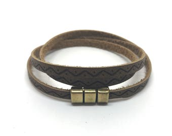 Brown wrap bracelet 5 mm wide with magnetic closure