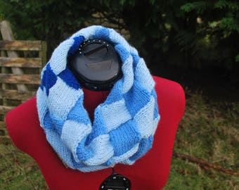 Handmade, knitted infinity scarf