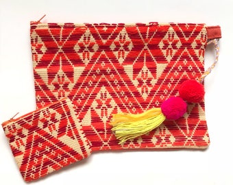 Mexican bag, mexican clutch, embroidered bag, pom pom bag, pom pom charm, mexican purse, otomi bag, mexican embroidery