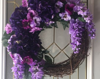 18 inch grapevine wreath with silk flowers and greenery