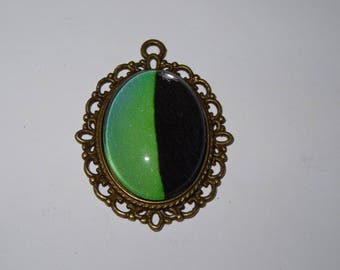 Metal pendant bronze antique green and black graphic