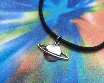saturn choker or necklace