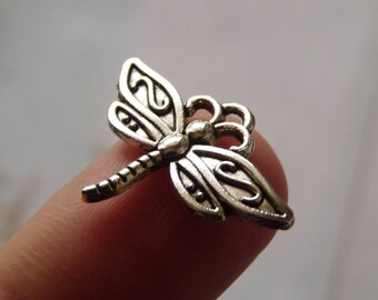Dragonfly Charms, Bracelet Charms, Necklace Pendants Charms, Antique Silver Tone Dragonfly Charms, Charms for Earrings