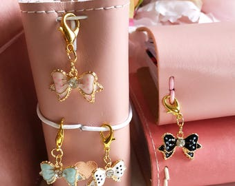 Mini gem bow Tn charm