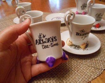 6 cups with 6 saucers - Alice's Adventures in Wonderland - Quotes & drawings