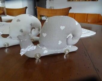 snail Facontilda gray hearts
