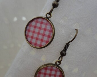 """Retro vintage """"my little checkered tablecloth"""" earrings"""