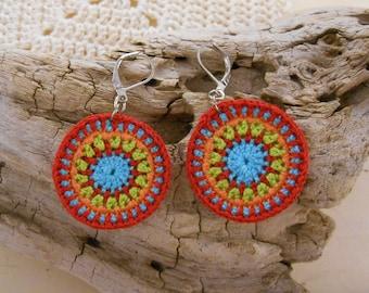 Red, blue, green Bohemian crochet earrings pattern hypnosis