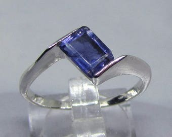 Ring Sterling Silver 925 adorned with Iolite size 52