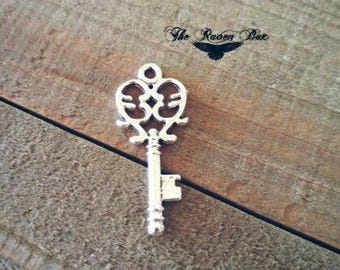 Heart Key Charms Skeleton Key Silver Key Pendant Heart Skeleton Key Silver Key Charm Steampunk Key Charms by the Piece Wholesale Key 33mm