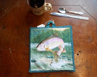 """Rainbow Trout -Fly Fishing/Fishermen Wall Hanging/Wall Quilt/Catch and Release/Rustic/Outdoorsman/Wildlife 9.5"""" x 9.5"""" plus hanger (#O127)"""
