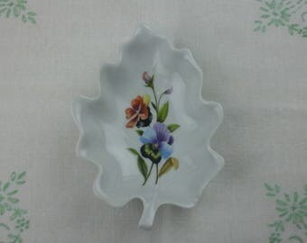 Exclusivite Chamart limoges candy or trinket dish, with pansy and violas.