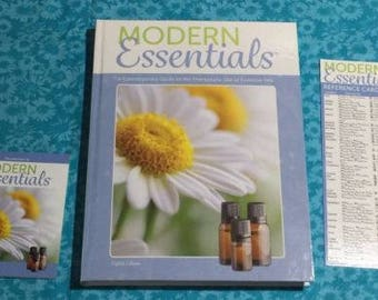 Modern Essentials Book Guide Card Bundle NEW 8th Edition