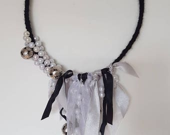 DreamCatcher black and white pearls and ribbons