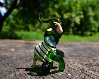 Green glass elephant figurine animals glass elephant sculpture art glass toy murano elephants animals tiny large elephant animals figures