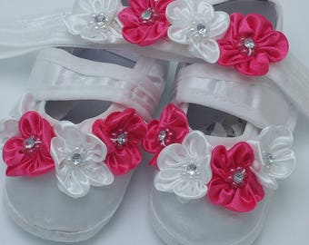 Crib shoes, headband, booties, baby shoes, Baby shower gift, mom to be