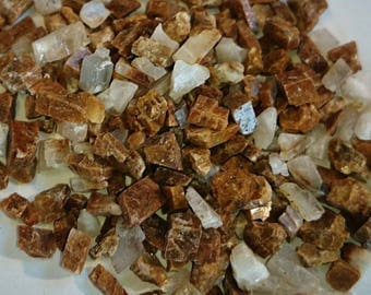 35g Gold Calcite Chips