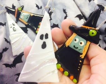 2x Cute Halloween Witch and Halloween Ghost,set of 2 Fused Glass Decorations,hanging,all hallows,halloween decoration,spooky,doll,cute witch