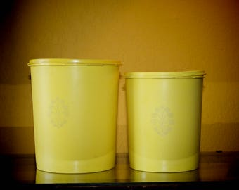 Set of 2 Daffodil Tupperware Canisters