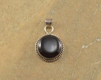 Black Onyx Circle Bezel Rope Accent Pendant Sterling Silver 5.1g
