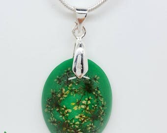 Real flower necklace, green necklace, lace flower necklace, resin necklace, real flower jewellery, Delirium
