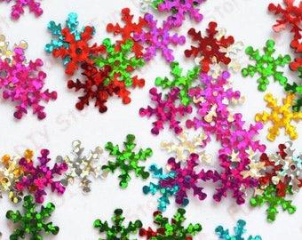 500pcs lot 14mm  Snowflake paillette multicolor Plastic for Christmas Tree /Window/Showcase Decoration