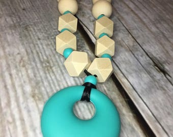 Nursing Necklace, Natural Teething Toy, Breastfeeding Necklace, Silicone and Wood Teether