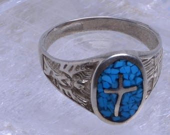 Turquoise ring with sterling silver setting - Size 9.5 - 169