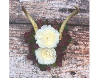 Small Floral Deer Antler Mount, Deer Antler Mount, Floral Antlers, Real Antler Mount, Farmhouse Decor, Antler Decor, Farmhouse, Rustic,