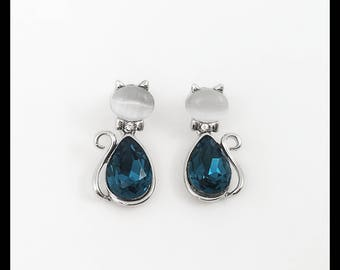 Kitten - Shaped Earrings. Bright and Sparkling Blue Turqouise  Swarovski Crystal Teardrop with white Moonstone lamp work Bead