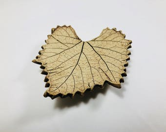 Vintage Ceramic Leaf Soap Dish