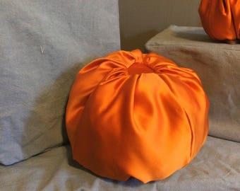 Duchesse Satin stuffed pumpkin-large