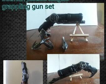 Batman gjustice league grappling gun set, batman grapple gun, batman grappling hook, batman justice league, batman gear, batman tech