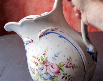 Beautiful antique pitcher American porcelain - hand Decor. VINTAGE